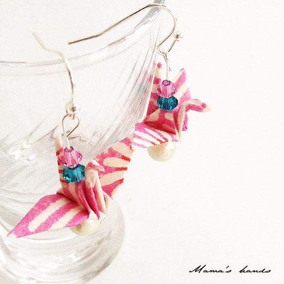 和 ピンク 折り鶴 お祭り コットンパール スワロ ピアス