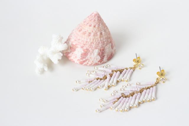 ビーズフリンジロングピアス(pink)