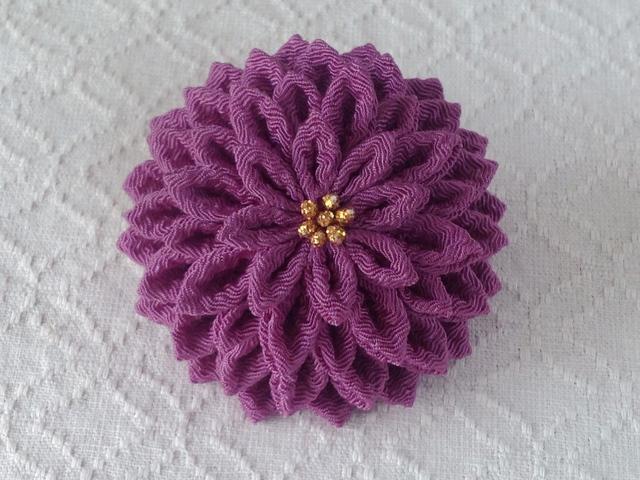 〈つまみ細工〉半くすの髪飾り(若紫)