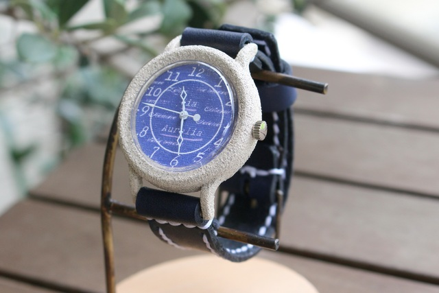 new product 947d2 4b5ee 手作り腕時計【金属アレルギー対応】Via Aurelia(ストーンケースWhite & Dark Blue) ---  アンティークでシンプルな男性、女性兼用腕時計。ベルトは牛革を使用。