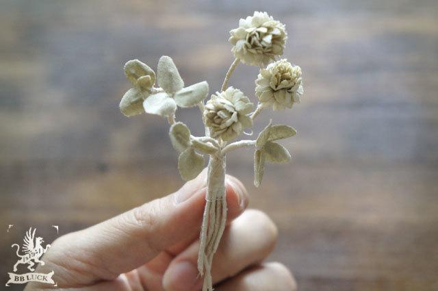 brooch 【 布花ブローチ * white clover 】