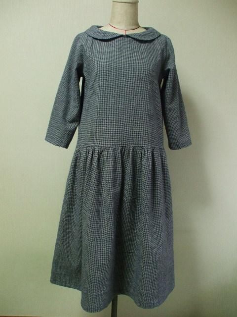 麻混素材 丸衿7分丈袖のワンピース Lサイズ 紺系 リバティタナローン カペル 受注生産