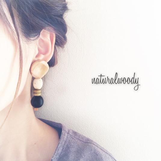 WOODY EARRING【?】
