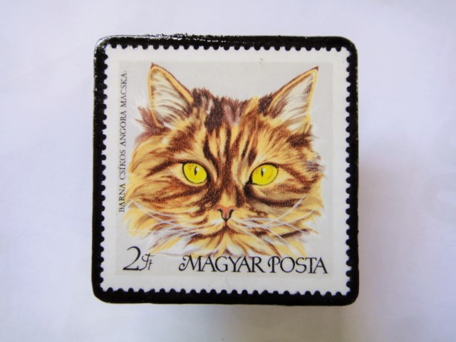ハンガリー 切手ブローチ1422