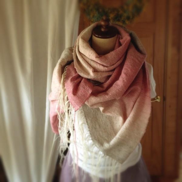 手織り リトアニアウールのストール