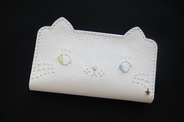paff-nn様専用【受注制作】ねこのお顔  白猫(オッドアイ)iPhone6、iPhone6s 手帳型牛革ケース