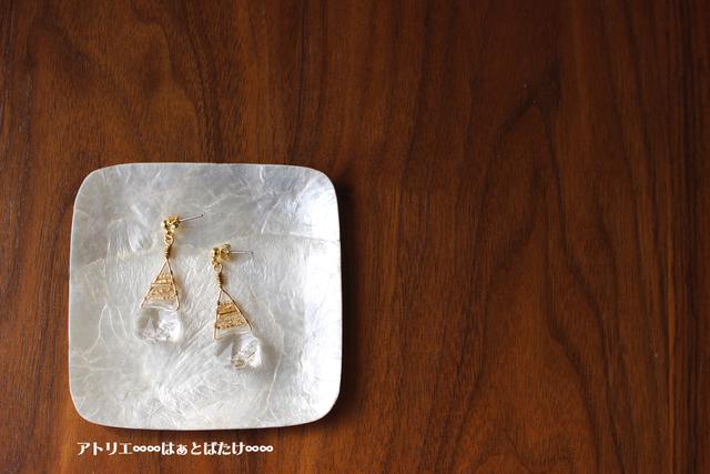 スワロのお花ピアス/イヤリング|スワロフスキー×三角ボーダー|クリスタル