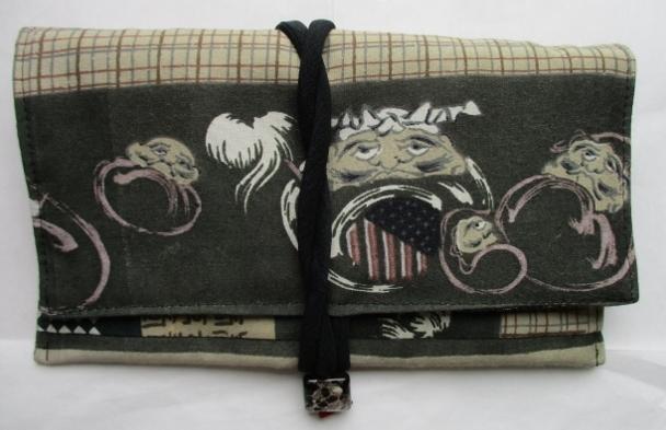 着物リメイク 羽織の裏地で作った和風財布 1759