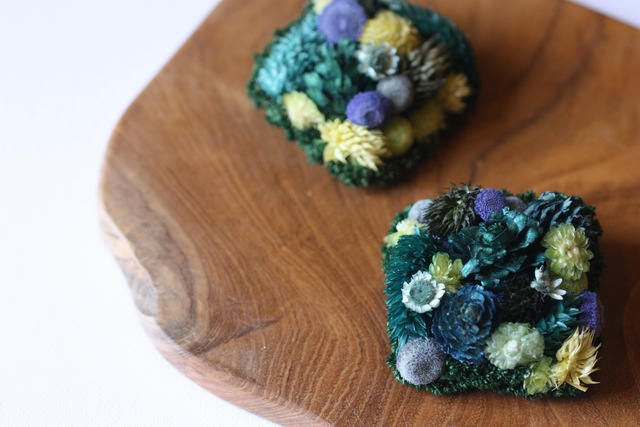 □botanical brooch pin sikaku□blue