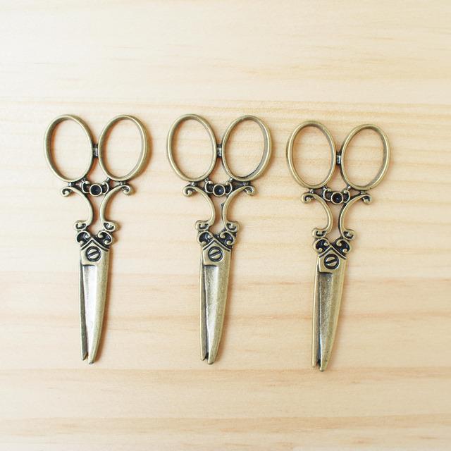 Vintage Charm Antique Scissors/ �ӥ�ơ������㡼�ࡢ�Ϥ��� S-2