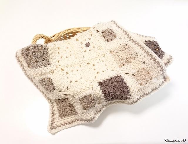 やわらかウールブランケット 手編みモチーフ