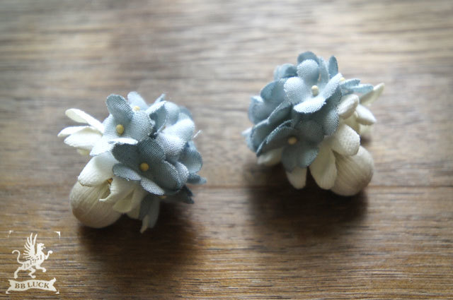 allongeさま予約品 pierce 【 布花ピアス *forget-me-not & itomaki-beads 】