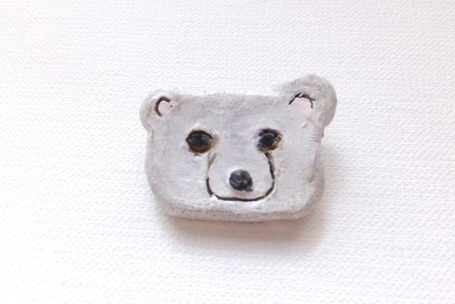 【Sale】シロクマさんブローチ(陶器風)