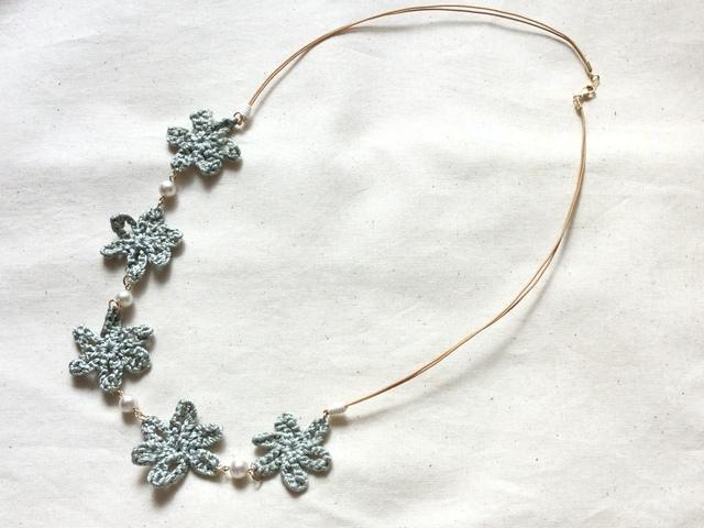 シルクdeお花の大人ネックレス