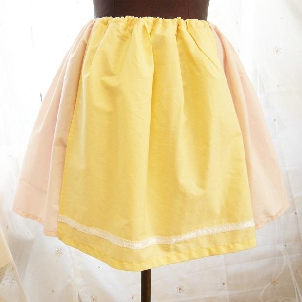 村娘のスカート