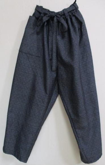 着物リメイク 藍大島で作ったサブリナパンツ 1770