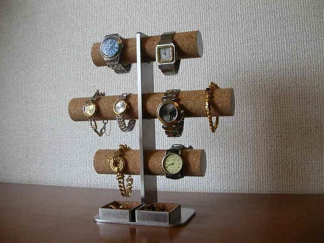 お祝いに!8本掛け腕時計スタンド 角パイプトレイバージョン