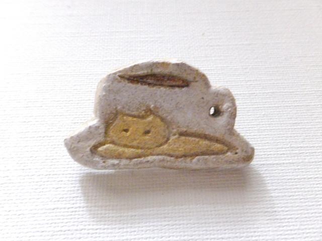 【Autumn Sale】カップと猫さんブローチ(陶器風)
