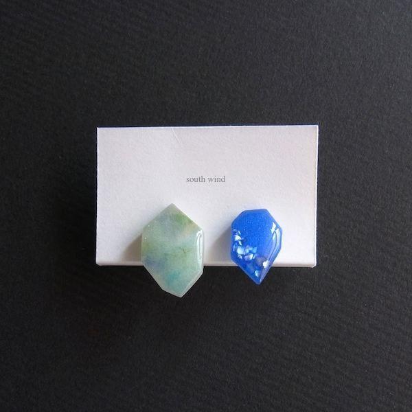 【水音色(Blue&Green Mix)】×Oriental blue(shell) イヤーカフ