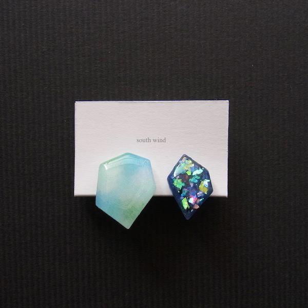 【水音色(Blue)】×Navy(Hologram) イヤーカフ