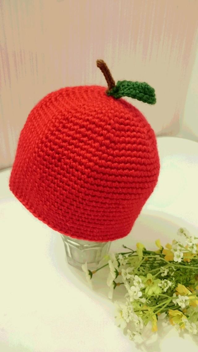 コロコロりんごのニット帽