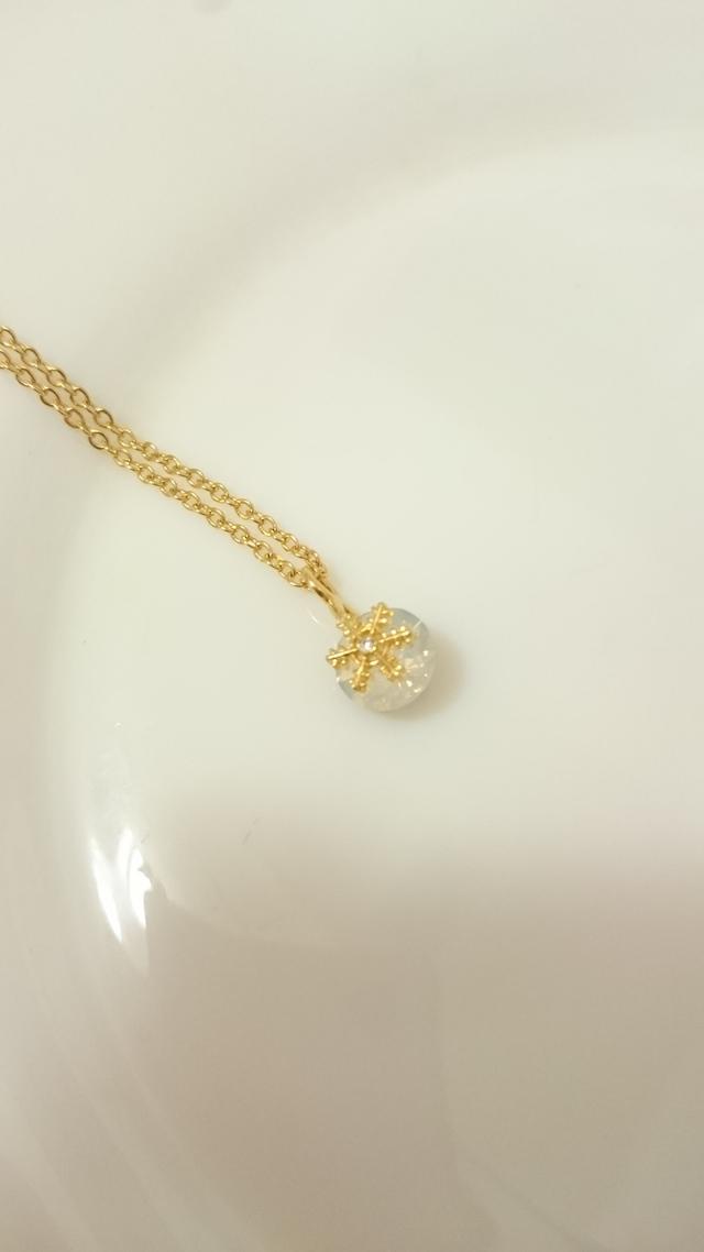 雪の結晶ネックレス・ゴールド