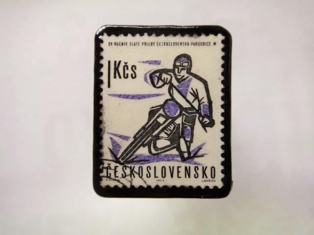 チェコスロバキア  切手ブローチ1441