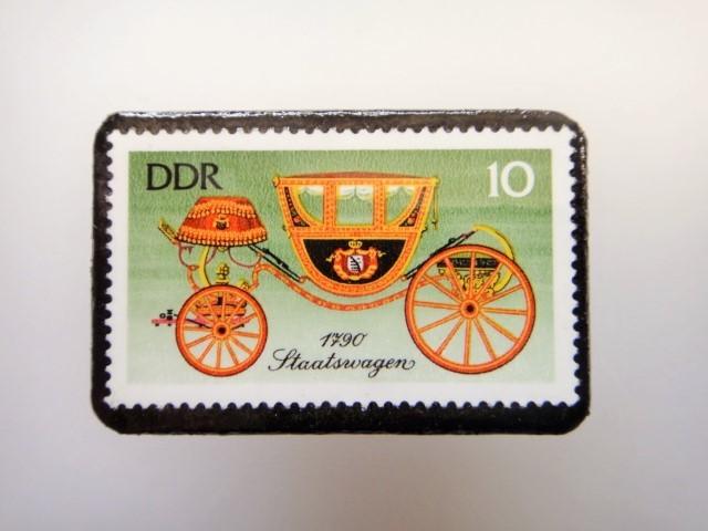 東ドイツ  切手ブローチ1445