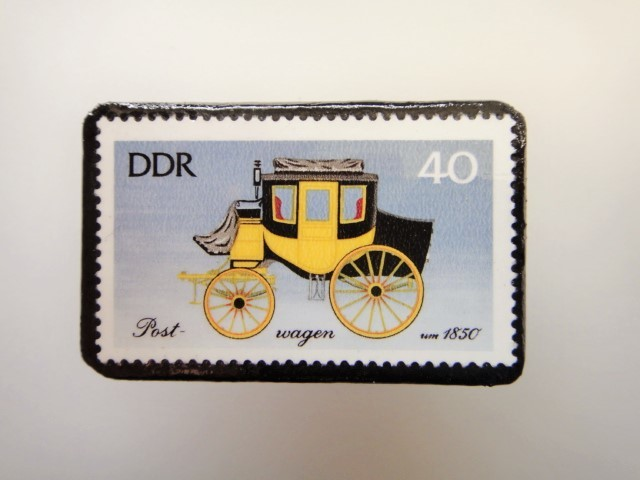 東ドイツ  切手ブローチ1448
