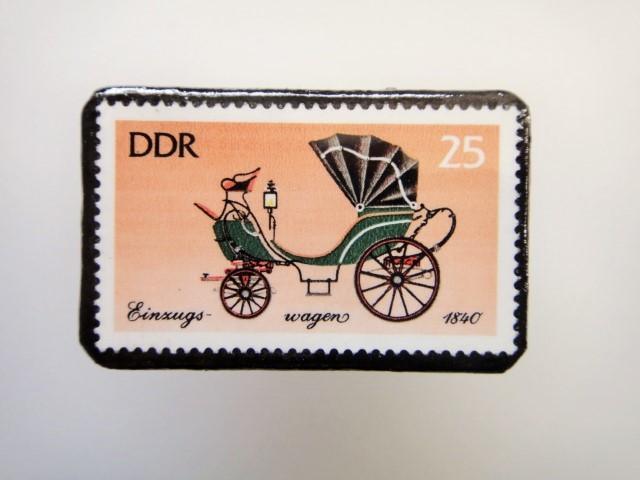 東ドイツ  切手ブローチ1449