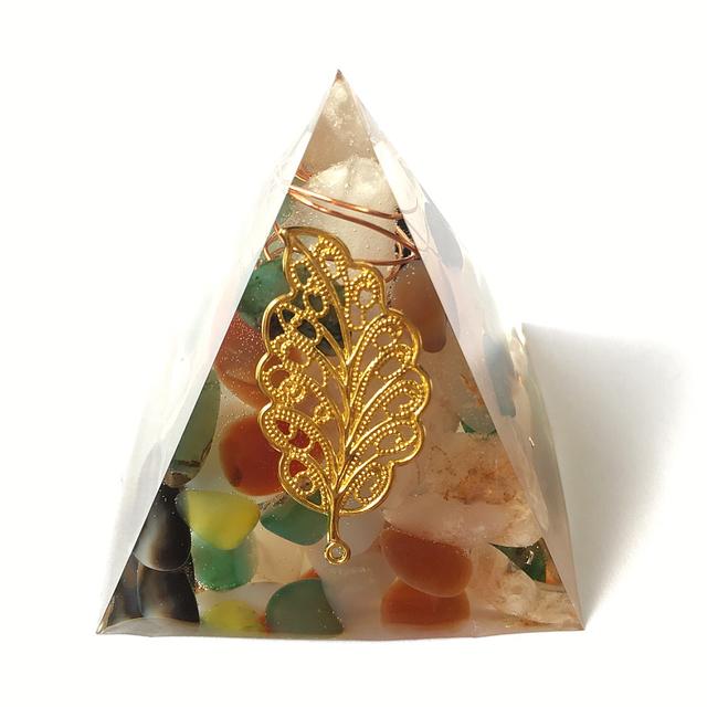 瑪瑙☆ピラミッド型オルゴナイト