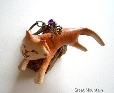 しまねこ 島猫 シリーズ ネコ キーホルダー 革 レザー 猫 ねこ 茶 トラ 名前無
