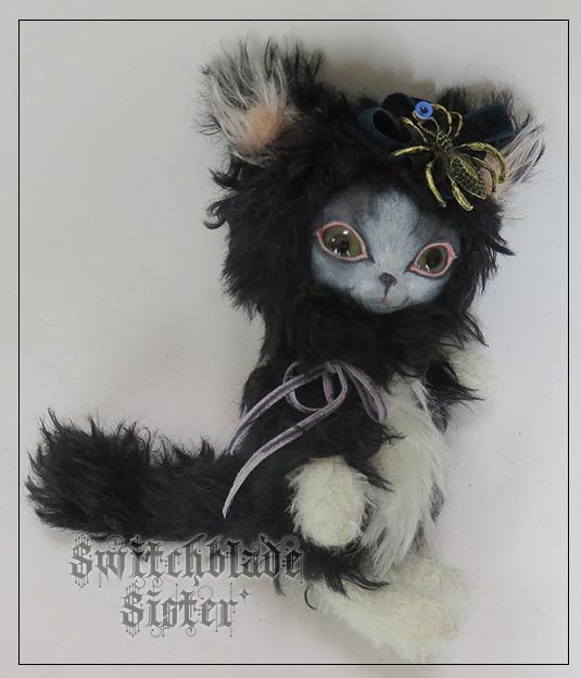 フェイスタイプドール*白黒猫(グリーン...