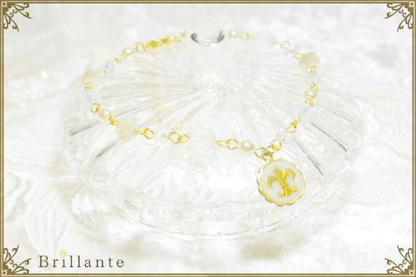 lily emblem bracelet (white)