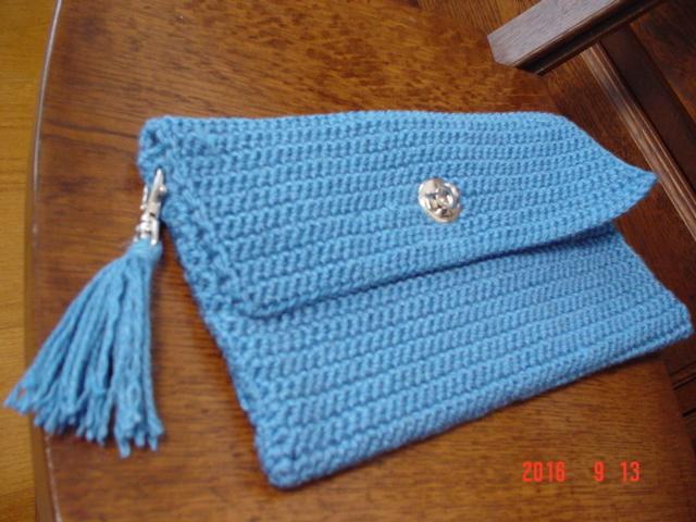 ☆彡ひねり金具付き小ぶり Clutch Bag