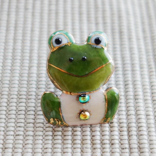 七宝焼ピンブローチ(ピンバッジ,ピンズ) カエル(正面)