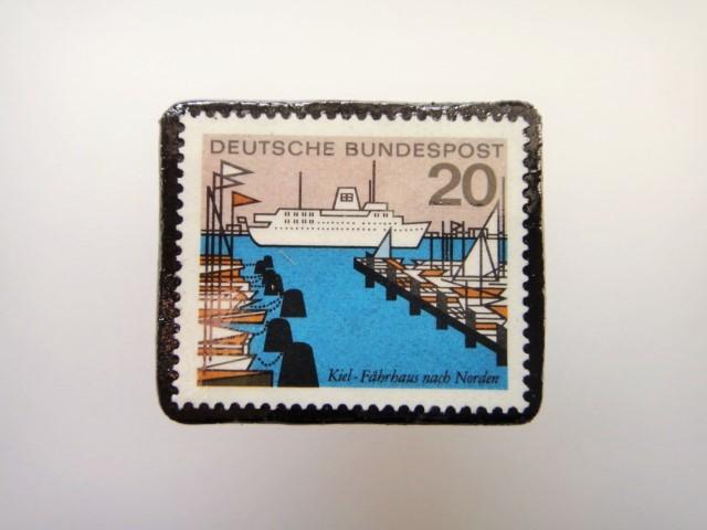 ドイツ  切手ブローチ1464
