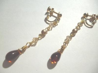 カットガラス・パール・チェコビーズのイヤリング