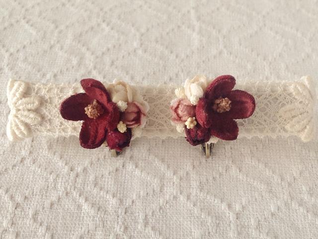 染め花の小花と蕾のイヤリングA(エンジ)