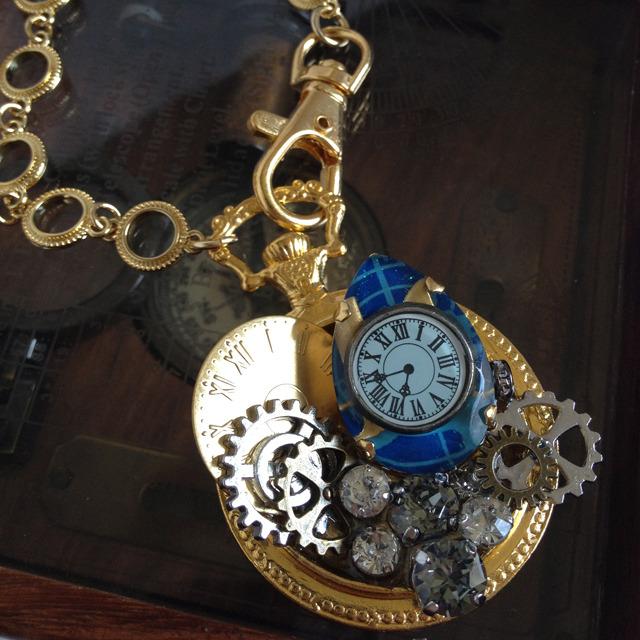 時計と歯車のバッグチャーム