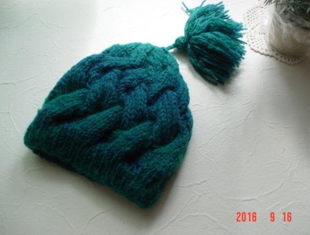 ☆彡巾広ケーブル模様のタッセル付帽子(コバルトグリーン)
