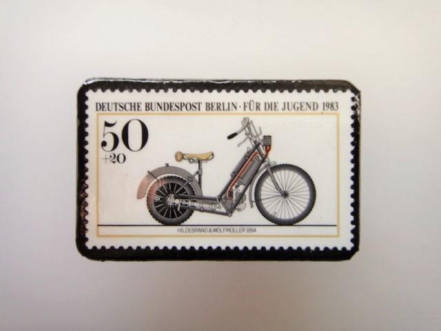 ドイツ  切手ブローチ1470