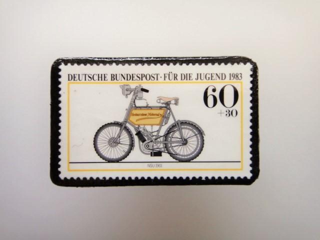 ドイツ  切手ブローチ1472