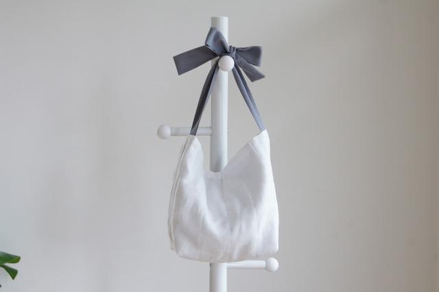 リネンキルティングリボンのバッグ(グレー)