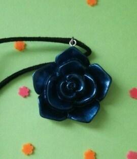 「夢かなう…」青薔薇のネックレス