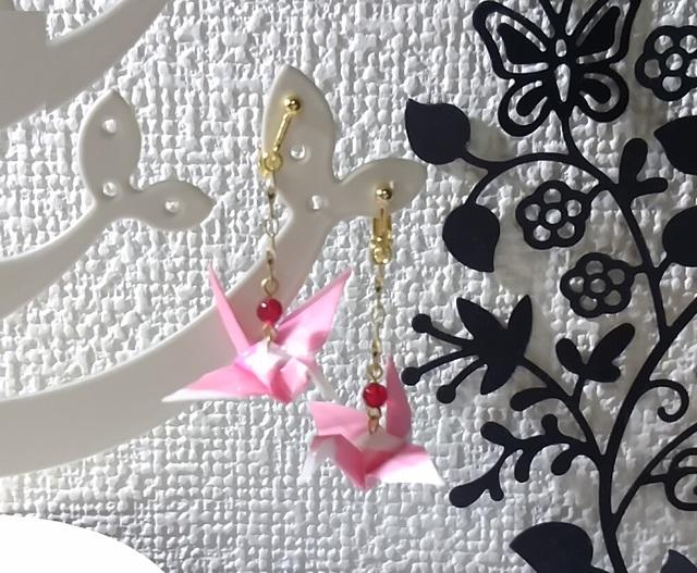 【再販】鶴の折り紙ピアス&イヤリング(ピンク×ホワイト)