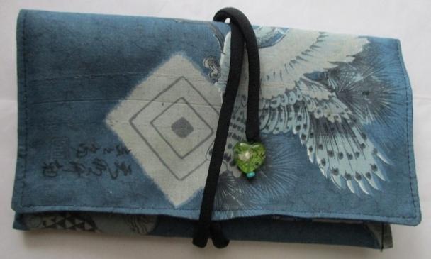 着物リメイク 羽織の裏地で作った和風財布 1803