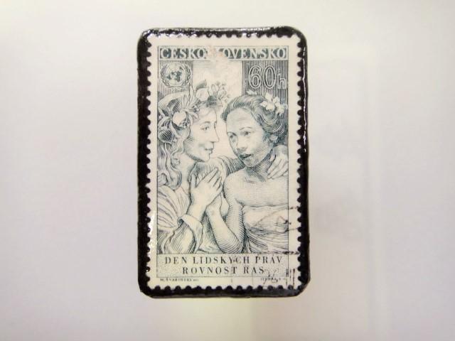 チェコスロバキア  切手ブローチ1479