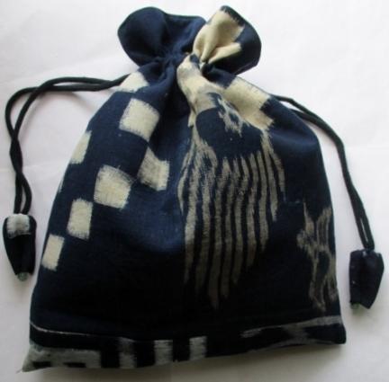 着物リメイク 久留米の絵絣で作った巾着袋 1806