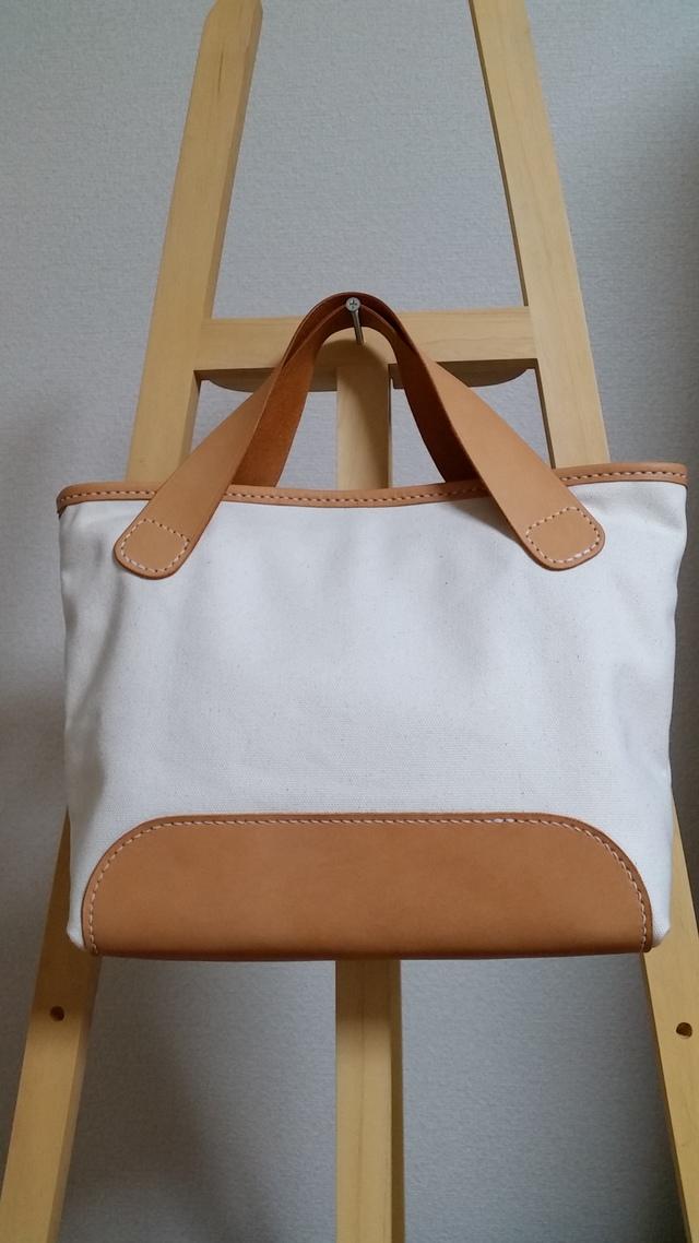 ヌメ革と生成り帆布のミニトートバッグ